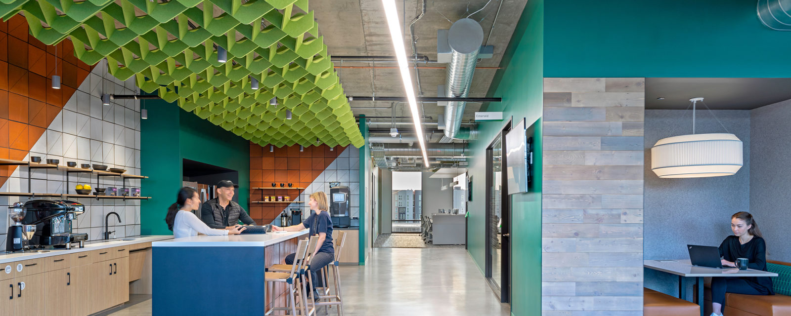 Adobe Hooper  | Design firm: Gensler  |  Photo: Jasper Sanidad  | Product: Turf Custom Ceiling Baffle